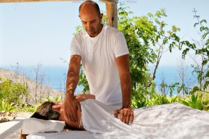 Osteopath & Deep Tissue Massage