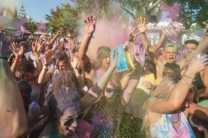 Review: Holi Garden Festival at Benimussa Park, 16th July