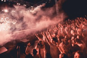 Review: AMP at Dalt Vila, 2015
