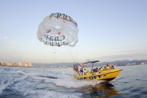 Review: Parasailing with Take Off Ibiza