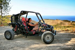Ibiza Virgins' Guide: how to travel in Ibiza?