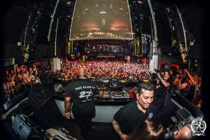 Review: Carl Cox: Music Is Revolution closing party 2016