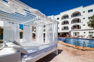 Special 2017 offers at Puerto Cala Vadella