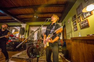 Music and tapas with Cañas'n'Roll