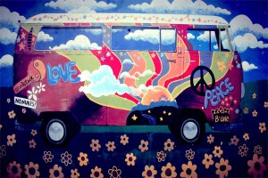 San José brings on its Flower Power fiesta