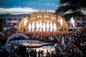 Tomorrowland presents the Garden of Madness finally arrives at Ushuaïa