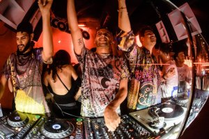The Martinez Brothers and Seth Troxler in label showcase special