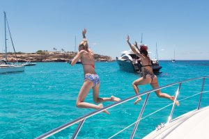Best after-party on a yacht with Boats Ibiza