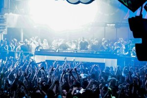 Review: Carl Cox Closing Party 2013