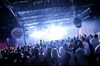 Review: Lost in a Moment at DC10, 9th August