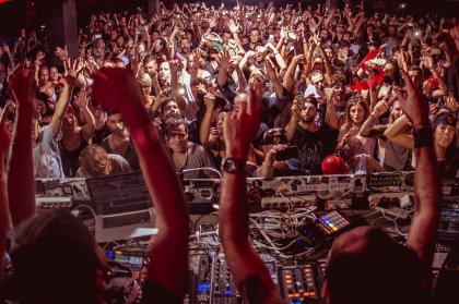 Review: VIVa Warriors closing party at Sankeys, 2014