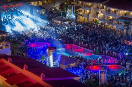 Review: ANTS opening at Ushuaïa, 2015