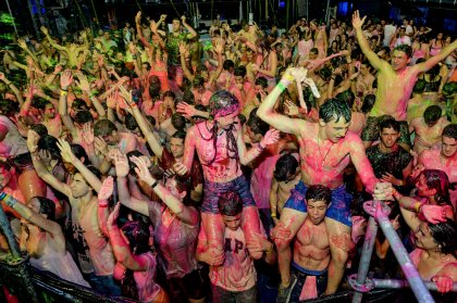 Review: Life In Color opening at Privilege, 2015