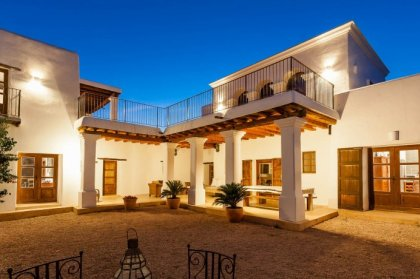7 top villas for groups and families