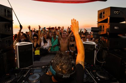 Float Your Boat joins forces with Sundays at Space