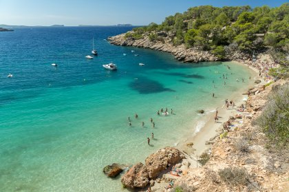 The twin delights of Cala Salada and Cala Saladeta