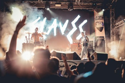 Review: Ibiza Rocks opening with Slaves