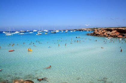 Easy ride to Formentera with Aquabus