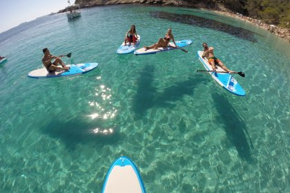 Review: Stand up and paddle with SUP Boat Ibiza
