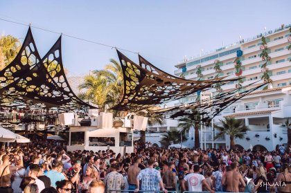 Ibiza Virgins' Guide: outdoor partying