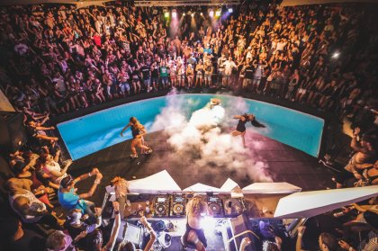 Video: The Zoo Project By Night, Ibiza 2016
