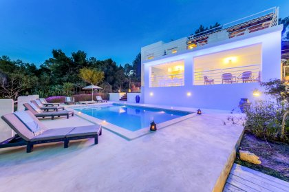 Sumptuous Ibiza sea views