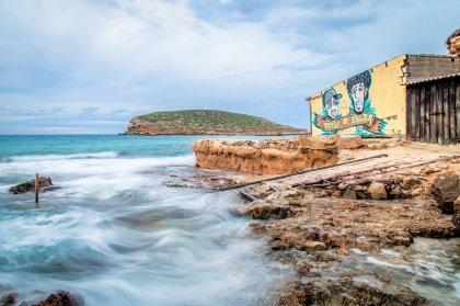 Ibiza Spotlight Winter Diary - Christmas and magic waterfalls