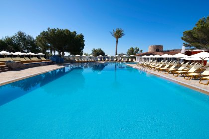 Club Cala Martina: a new stylish Ibiza destination for 2017