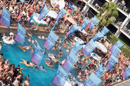 Craig David's TS5 pool party splashes onto the season