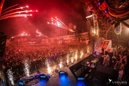 Ushuaïa slams down new compilation albums
