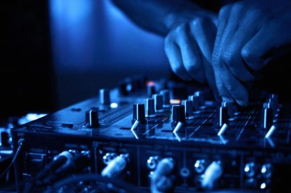 Seven house DJs to see this week
