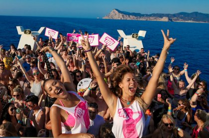 Pukka Up adds two extra boat parties