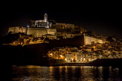 Video: Ibiza Port at Night