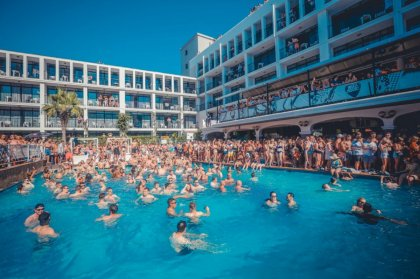 Ibiza Rocks presents MK & Friends pool party