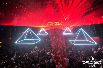 Maceo Plex takes over one Pyramid date