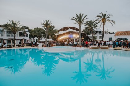 Cocoon Daytime throws an opening party to remember at Destino
