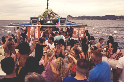 Sailing into the the sunset with Float Your Boat Ibiza