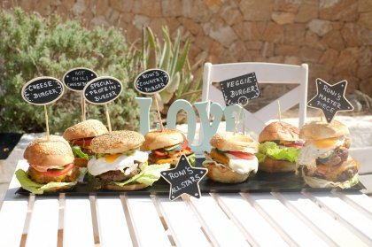 Rona's Deli Ibiza - food that satisfies on all levels
