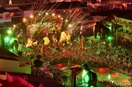 elrow reveals special Ushuaïa Ibiza dates for 2019