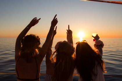 Jump aboard the Float Your Boat party