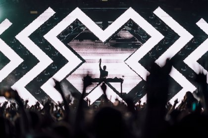 Martin Garrix drops explosive opening night at Ushuaïa