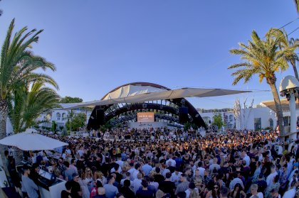Music On announces an additional date at Destino