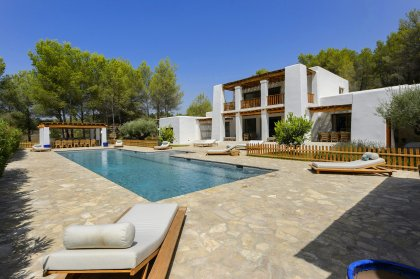 Ibiza unmissable in 2020. Book your villa oasis now.