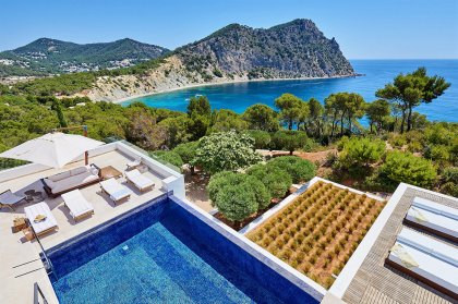 Gorgeous Ibiza villas - summer 2020 № 1