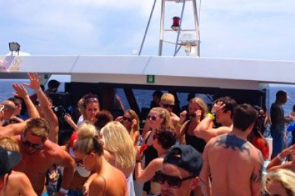 Review: Pukka Up Opening Boat Party 2012