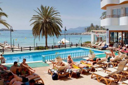 Ibiza Hotel of the Week - Apartamentos Mar y Playa, Figueretas