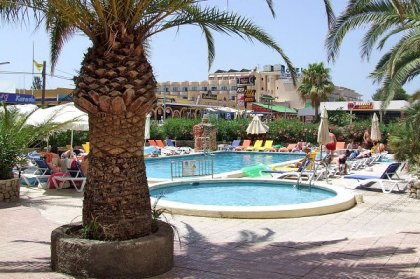 Ibiza winter hotels - Bahia de San Antonio Apartments
