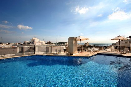 Ibiza winter hotels - Duquesa Playa Apts, Santa Eulalia