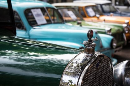 Auto Retro | Vintage cars exhibition