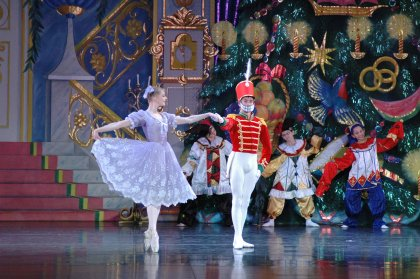 The Moscow Ballet dances 'The Nutcracker'